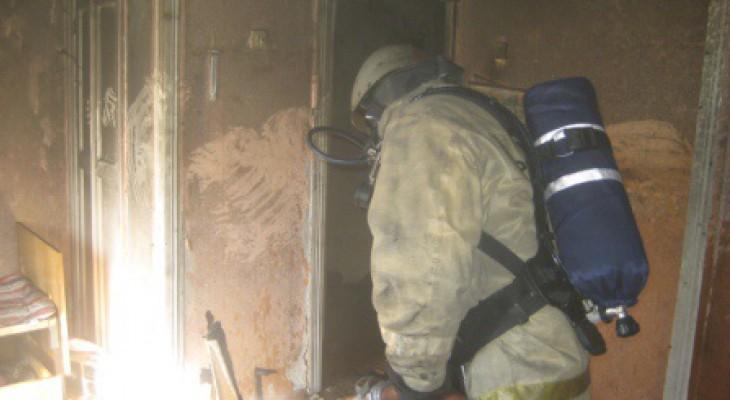 """В Муроме пожарные спасли 12 человек из едкой задымленной """"ловушки"""""""