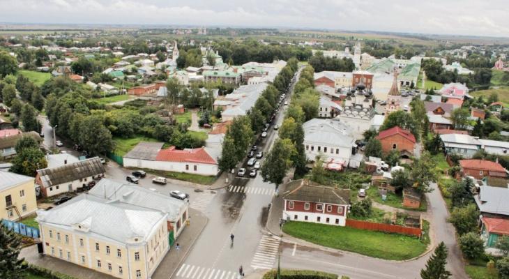 Суздаль вошел в тройку городов наиболее востребованных на день России