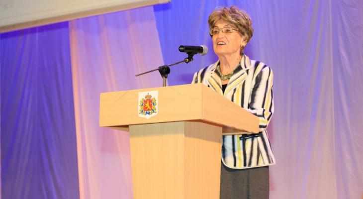 Алиса Аксенова пожаловалась в Минкульт на нынешнее руководство ВСМЗ