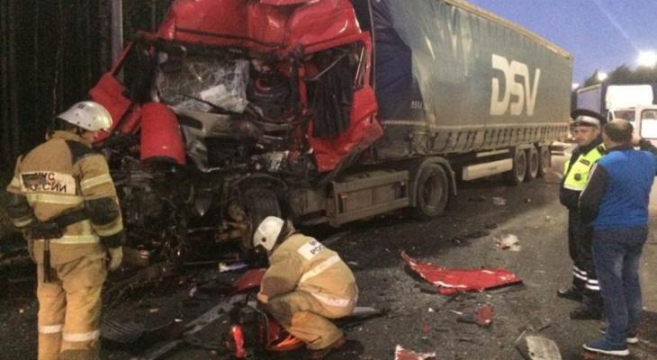 Крупная авария на повороте на Мстёру: есть пострадавшие