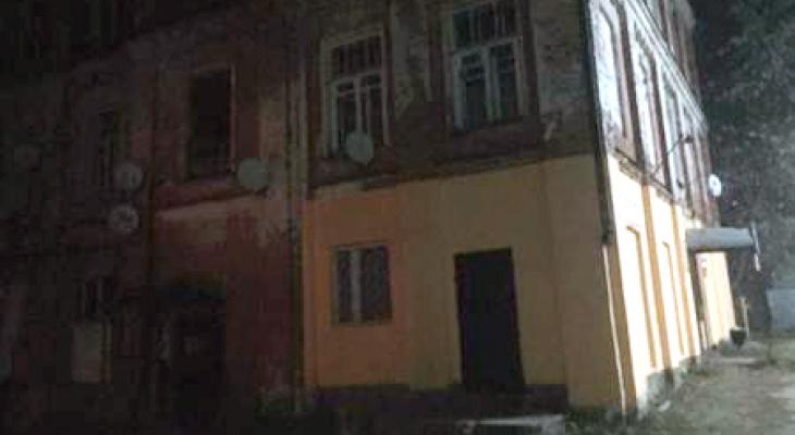 В Собинке в аварийном доме обрушились перекрытия: на месте работает МЧС