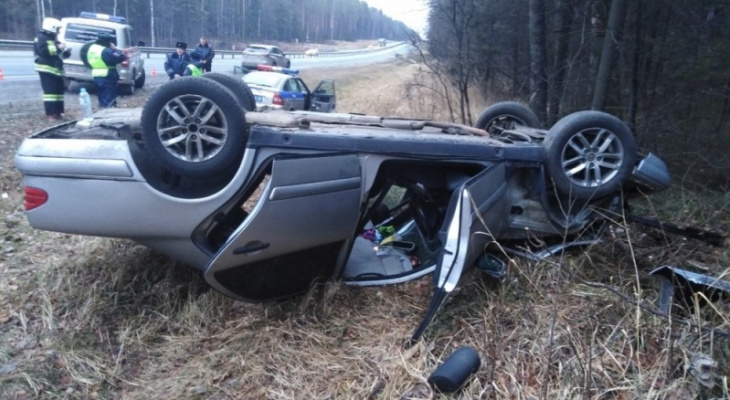 Во Владимирской области автомобиль улетел в кювет, имеется пострадавший