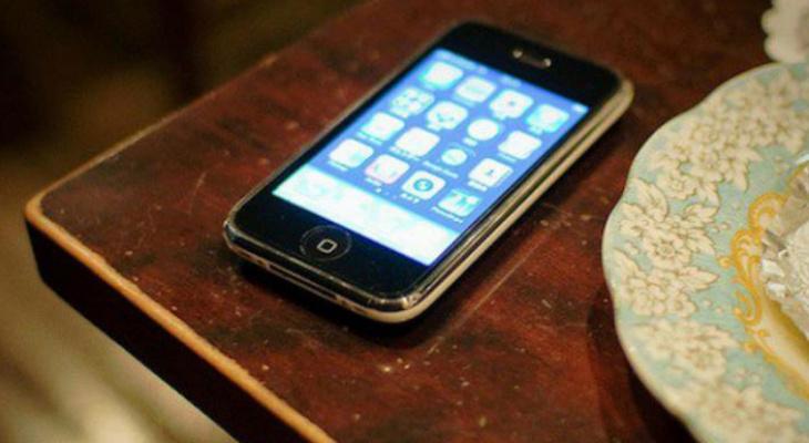 В Муроме у посетительницы кафе украли телефон: кто и зачем