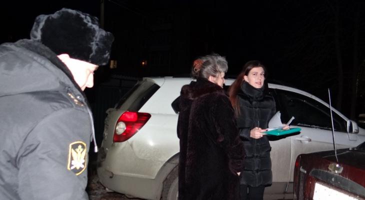 Час расплаты: во Владимире у женщины за долги арестовали автомобиль