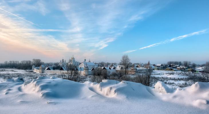 Стали известны самые популярные для встречи Нового года города: Суздаль в Топе