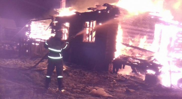 Рано утром под Владимиром сгорел дотла дачный дом