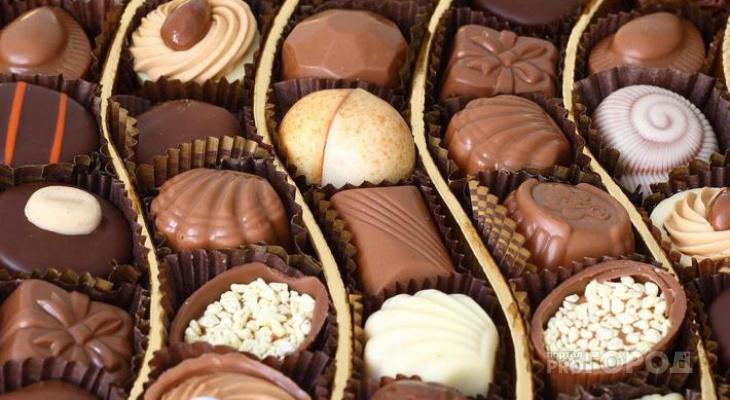 Эксперты рассказали, какие конфеты можно без страха покупать на Новый год