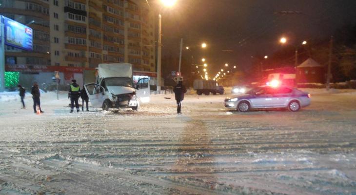 Во Владимире пьяный водитель отправил в больницу двух детей