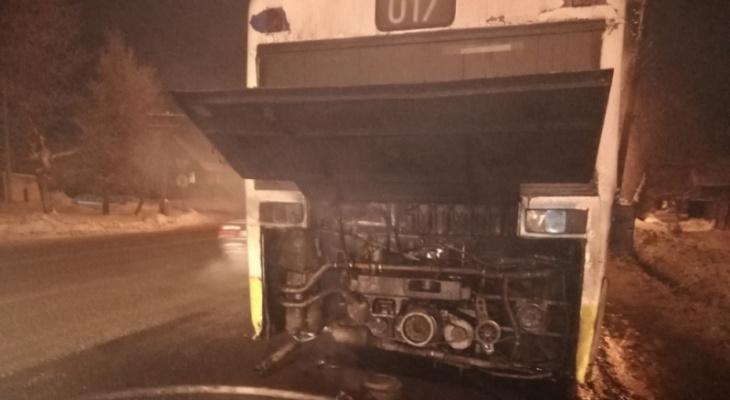 Вчера во Владимире автобус на ходу объяло пламенем