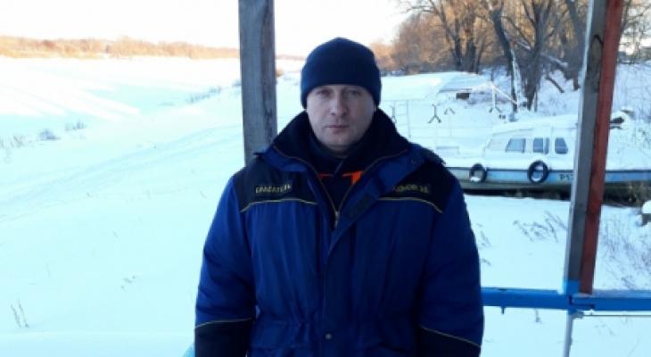 Гороховецкий спасатель вытащил лыжника, который провалился под лед
