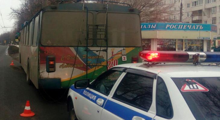 Ковровчанка порвала бровь в троллейбусе