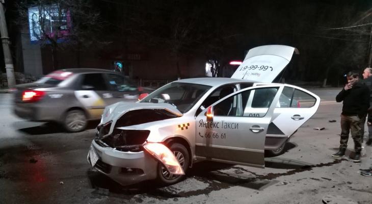 Ещё один водитель нашумевшего такси устроил ДТП во Владимире (видео)