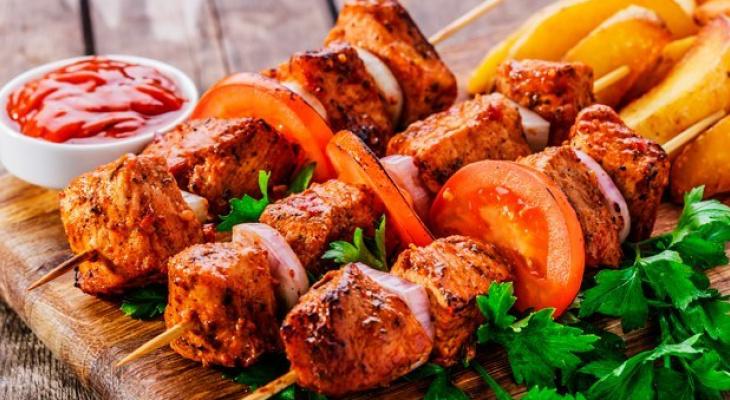 Как правильно выбрать мясо для шашлыка во владимирских магазинах