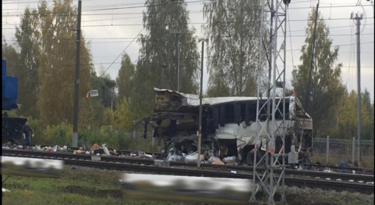 В Петушках рассмотрят дело о гибели 16 человек в ДТП с поездом и автобусом