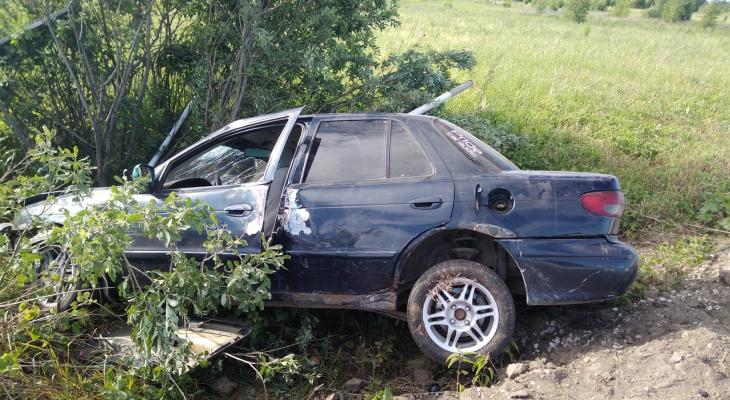 Эффектно легла: в ковровском районе оставили загадочную машину