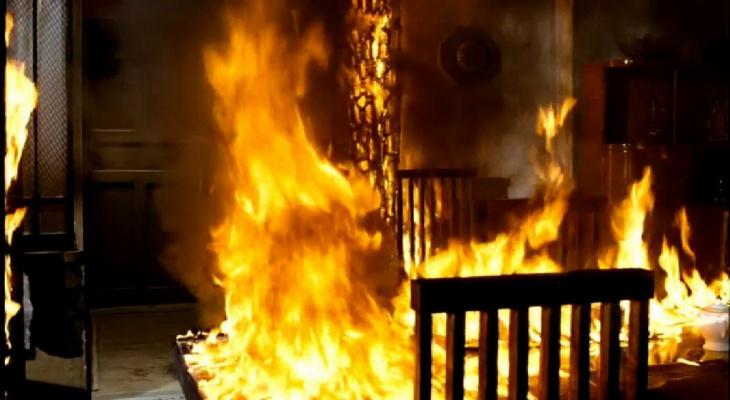 В Гусь-Хрустальном мужчина убил двух человек, угнал авто и поджег дом