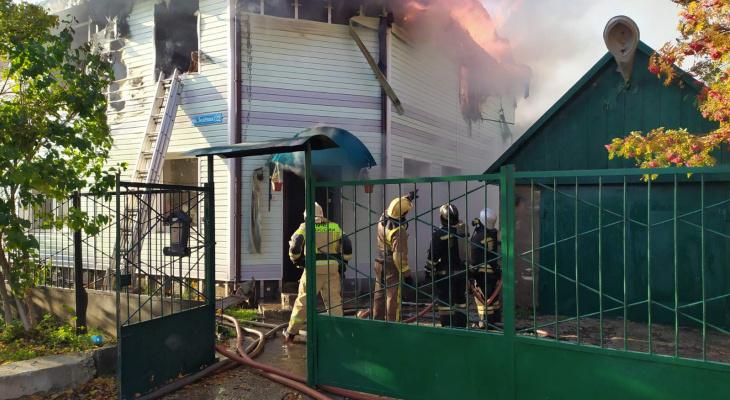 В Суздальском районе сгорел дом: многодетная семья осталась без жилья