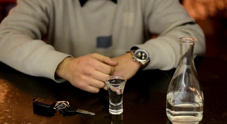 Водителей начнут проверять на хронический алкоголизм