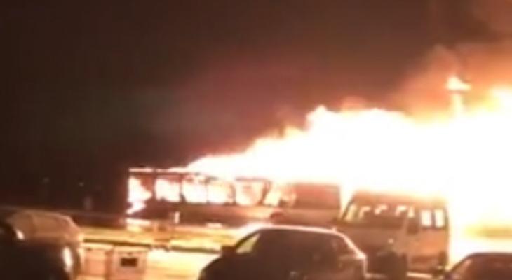 Почему загорелся 24-й автобус?