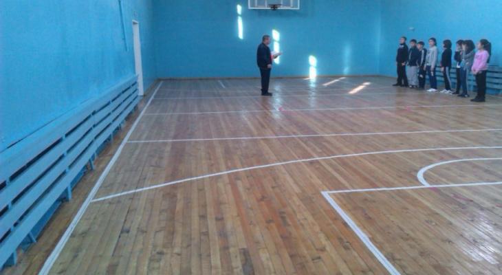 Одна из владимирских школ осталась без спортивного зала
