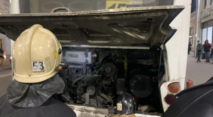 Названа причина пожара в автобусе в центре города