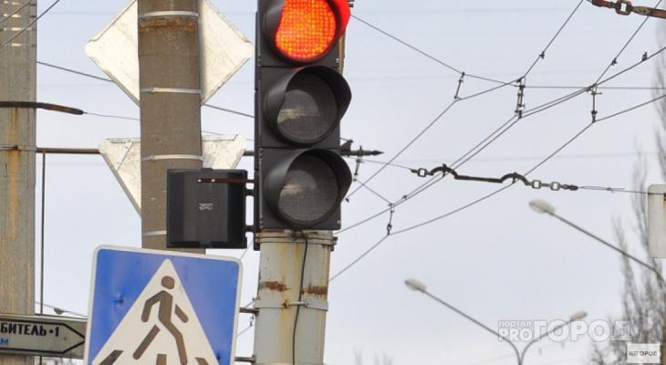 В ПДД появится новый знак, отменяющий запрет стоянки и остановки