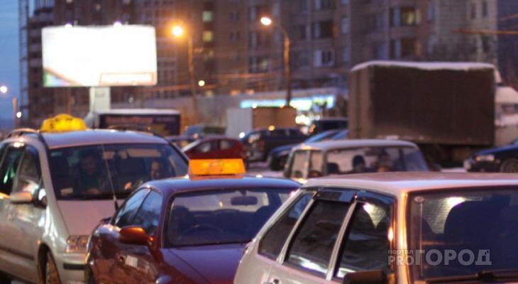 Владимирские таксисты устроили забастовку