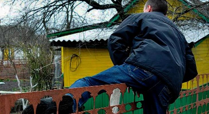 В Гороховце два брата оставили без крыш несколько домов