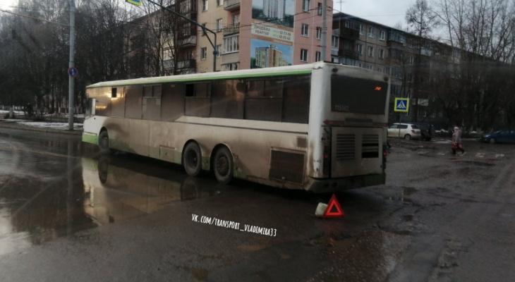 Во Владимире сломавшийся автобус перекрыл движение