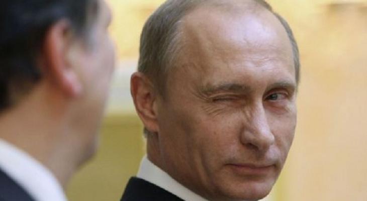 Владимир Путин поздравил 33 регион с Днем защитника Отечества