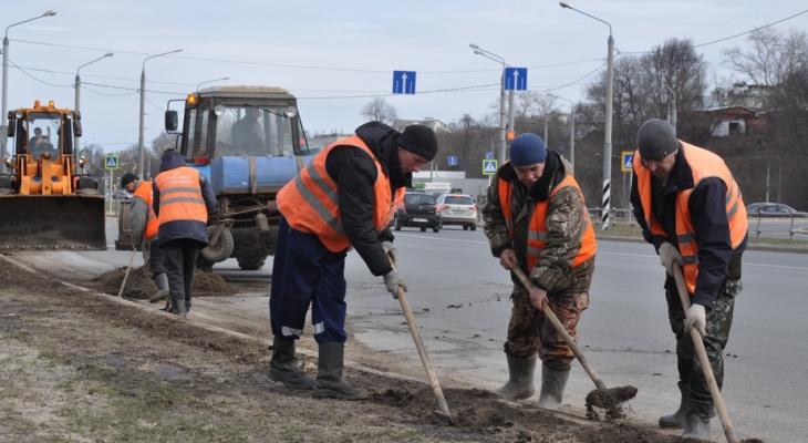 Дороги во Владимире начали отмывать от зимней грязи