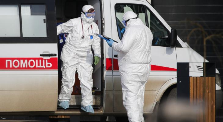 Владимирским медикам, борющимся с коронавирусом, поднимут зарплату