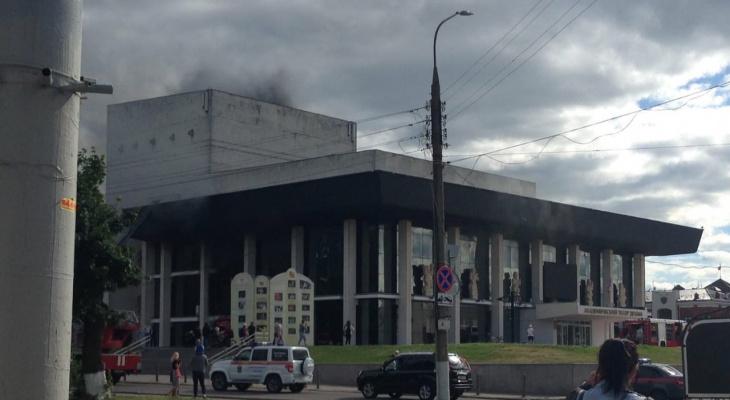 В центре Владимира загорелся Драмтеатр