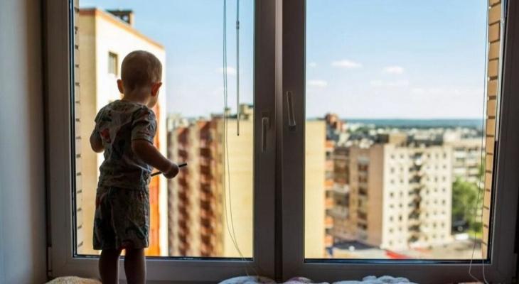За три дня во Владимирской области из окон выпали четверо детей