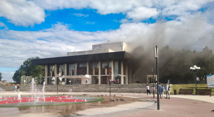 На восстановление драмтеатра пожертвовали почти 700 тысяч рублей
