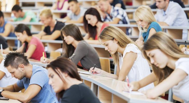В Госдуме предложили выдавать студентам-выпускникам по полмиллиона рублей