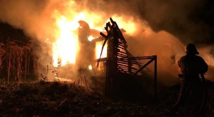 Не смогла проснуться: во Владимиркой области в огне погибла женщина