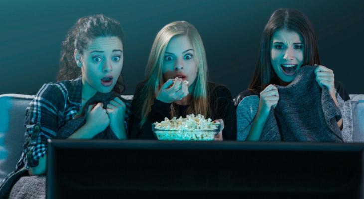 Топ-5 атмосферных фильмов для просмотра в Хэллоуин