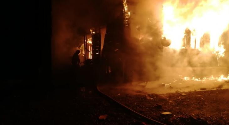 Военнослужащие спасли от смерти трех детей во Владимирской области