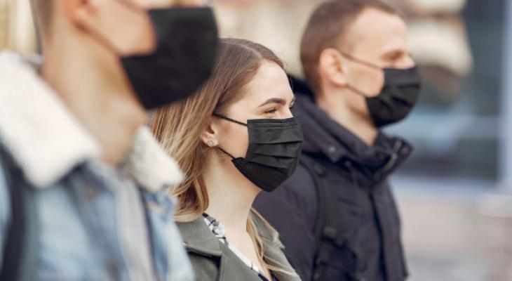 В России утвердили новые правила для контактировавших с больными COVID-19