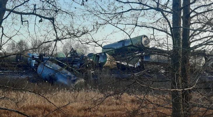 Во Владимирской области  товарный поезд сошел с рельсов и опрокинулся