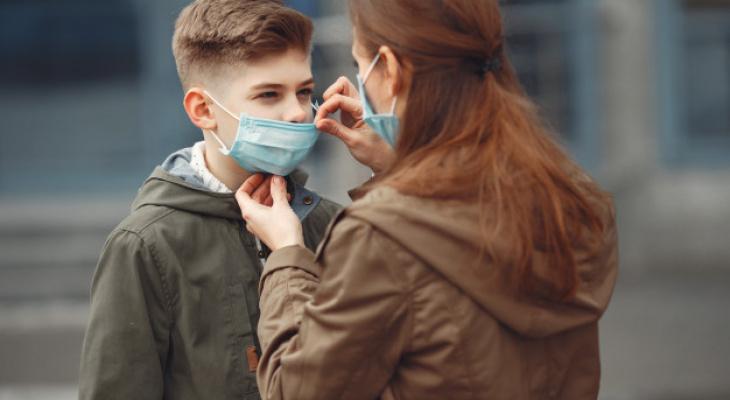 Роспотребнадзор призвал не запугивать детей коронавирусом