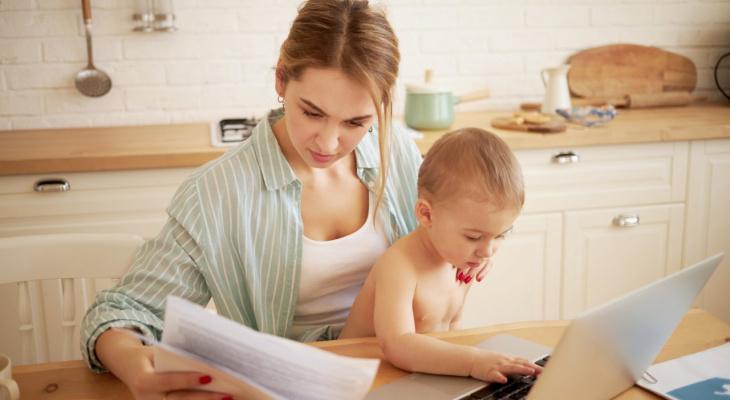 Должны увеличить выплаты на детей от 3 до 7 лет. Кто именно получит больше?
