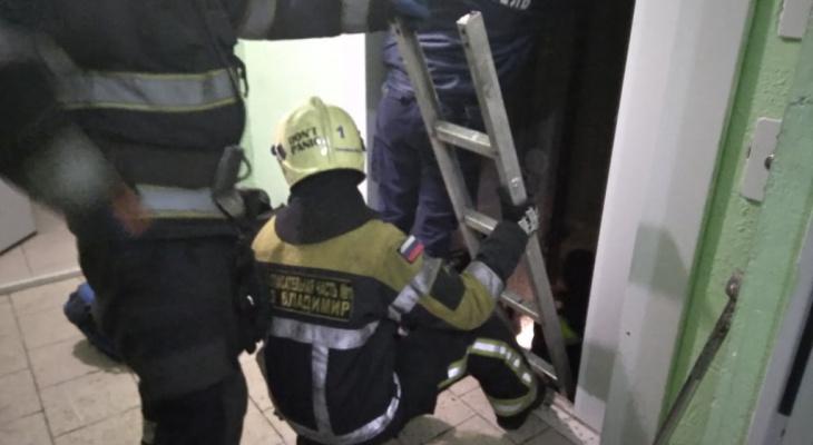 """""""Стабильное, но тяжёлое состояние"""". Что с мальчиком, упавшим в шахту лифта?"""