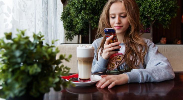 С 1 апреля продажа смартфонов возможна только с нашим ПО