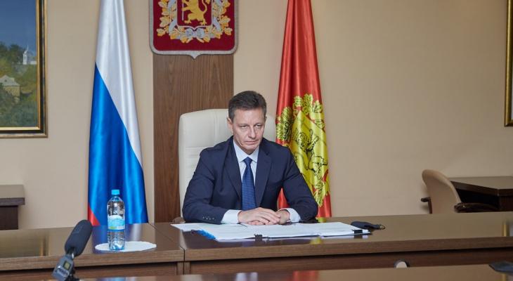 Владимир Сипягин стал одним из самых негативно обсуждаемых губернаторов в России