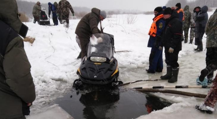 Спасатели прекратили поиски двух утонувших рыбаков