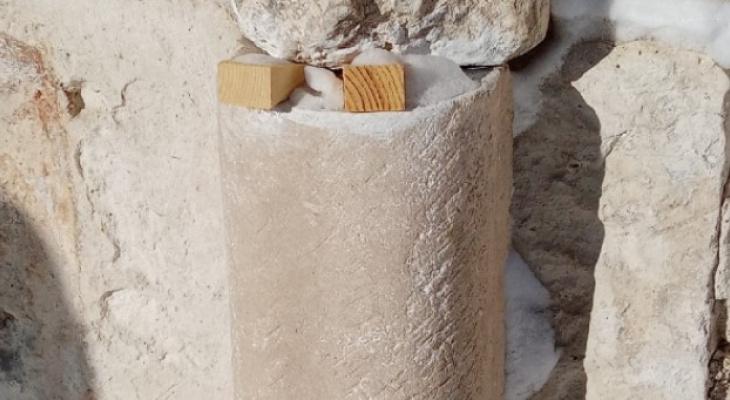 Собор 13 века в Суздале подпирают деревянные колышки