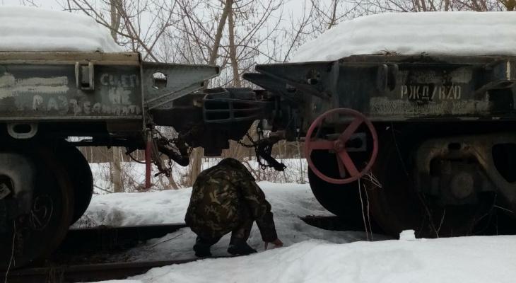 Целый год жители Владимира ходят на работу на четвереньках