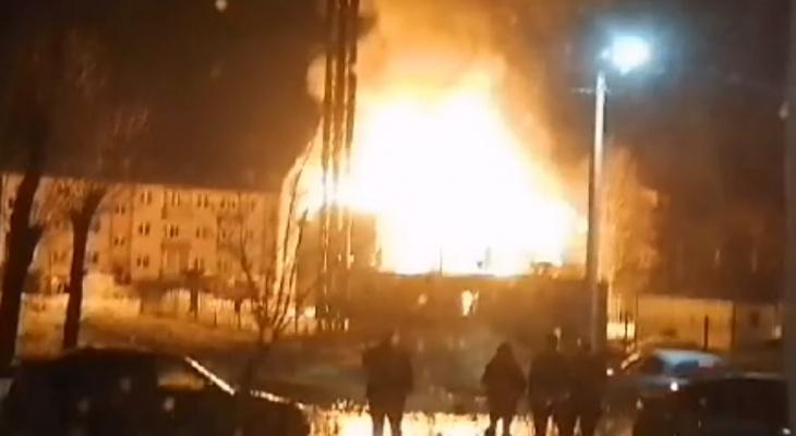 В Камешково сгорело здание на 120 квадратных метров